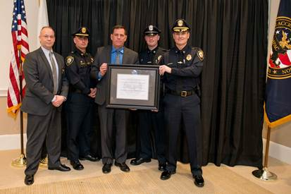 Presentation of the MPD's certification award